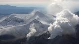 十勝岳連峰 冬の足音着実に