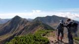 日高山脈、秋のパノラマ 幌尻岳紅葉、氷河跡カールも